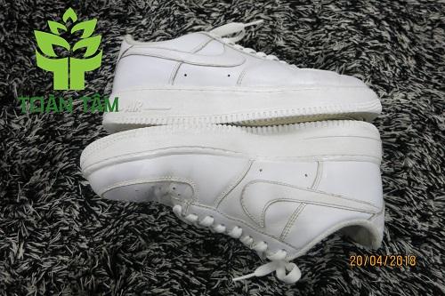 dịch vụ phủ nano giày thể thao