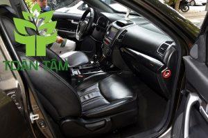 dịch vụ dọn nội thất xe con-xe hơi