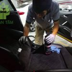 Giặt ghế xe hơi